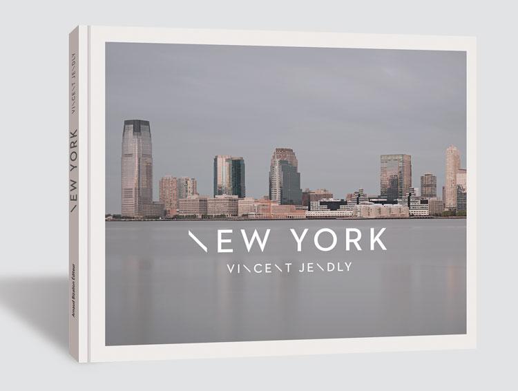 http://miavilar.fr/files/gimgs/76_newyorkcouvvolsite.jpg